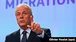 Еврокомесарот за миграција и внатрешни работи Димитрис Аврамопулос