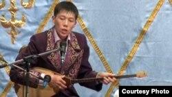Мейірбек Солтанхан, айтыскер ақын. Қарауыл ауылы, Шығыс Қазақстан облысы, 15 қыркүйек 2011 жыл.