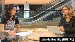 Вице-председатель фракции социал-демократов в Европарламенте Таня Файон и корреспондент Свободной Европы Иоланда Бэдилицэ