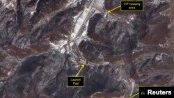 Стартовий майданчик Сохе, один із двох у Північній Кореї. За даними розвідок, саме з нього збираються нині здійснити новий пуск