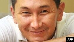 «Уральская неделья» газетінің тілшісі Лұқпан Ахмедьяров. 21 желтоқсан 2008 жыл.