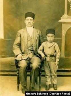 Фикрет Салединов с отцом. Архив автора