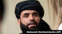 سهیل شاهین، سخنگوی سیاسی گروه طالبان