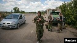 Проросійські сепаратисти на Луганщині (архівне фото)