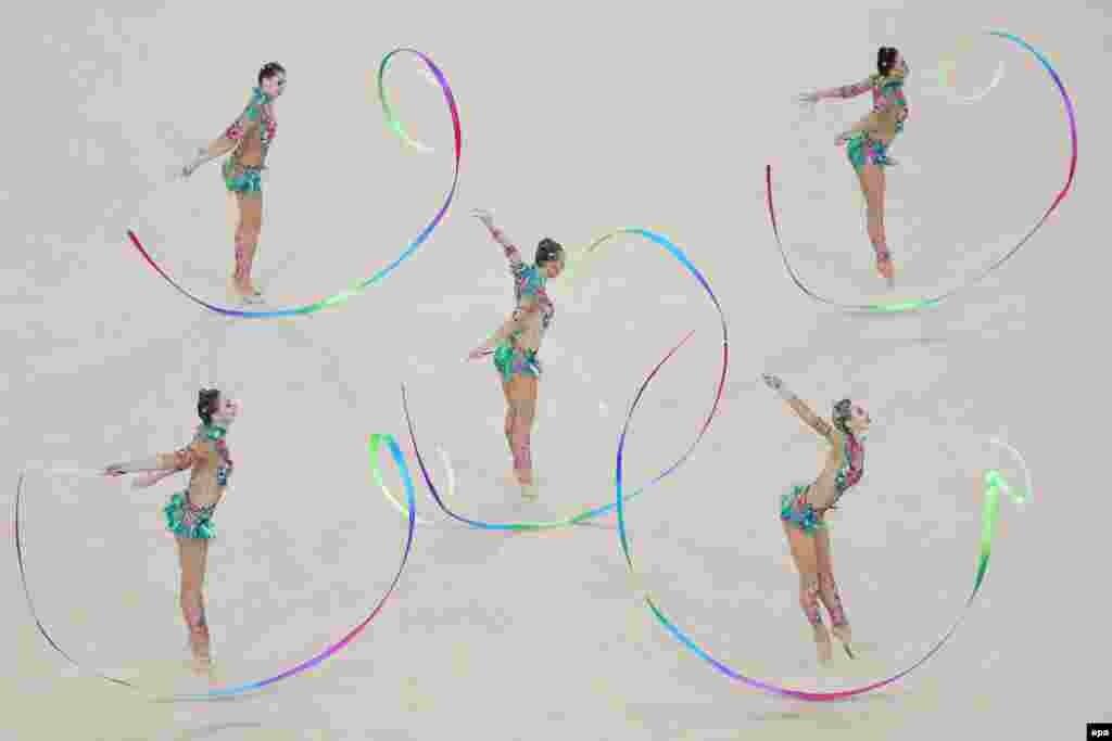 Росія виграла свою п'яту олімпійську золоту медаль у групових виступах з художньої гімнастики.