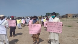 Students from Janikhel, a town in the former Federally Administered Tribal Areas, protest to demand internet access on April 10