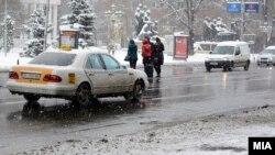 Снег во Скопје
