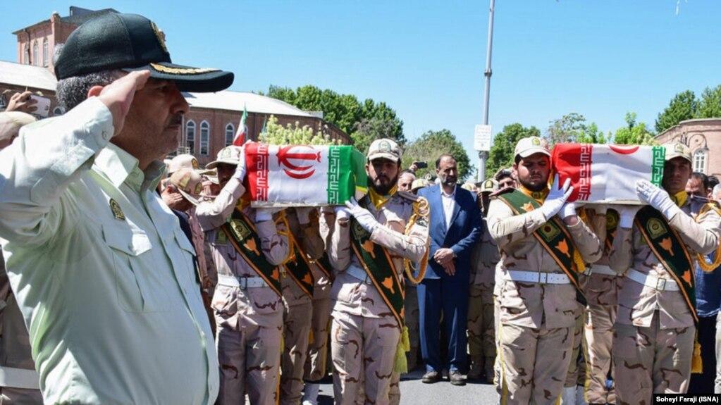 فارس: طی یک ماه ۲۴ تن از نیروهای نظامی و انتظامی در حملات مرزی کشته شدهاند