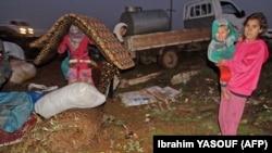 از اوایل ماه دسامبر و آغاز حملات ارتش سوریه به استان ادلب در تاکنون حدود ۹۵۰ هزار نفر از مردم آواره شدهاند