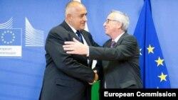 Председателят на Европейската комисия Жан-Клод Юнкер обеща на българския премиер Бойко Борисов да предложи отпадане на механизма за наблюдение на правосъдието у нас
