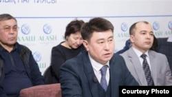 Астаналық белсенді Сырым Әбдірахманов. Сурет Facebook-тағы парақшасынан алынған.