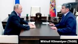 Президент РФ Владимир Путин и глава Кабардино-Балкарии Казбек Коков, архивное фото