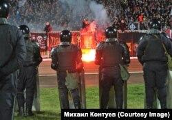 Порядок на стадионе поддерживали 1000 полицейских