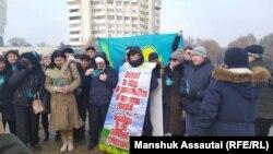 Під час акції в Алмати, 8 січня 2020 року