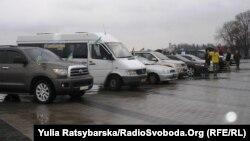 Активісти Автомайдану прибули з Дніпропетровська до Чонгара, 4 квітня 2014 року