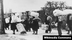 Екінші дүниежүзілік соғыс кезіндегі босқындар