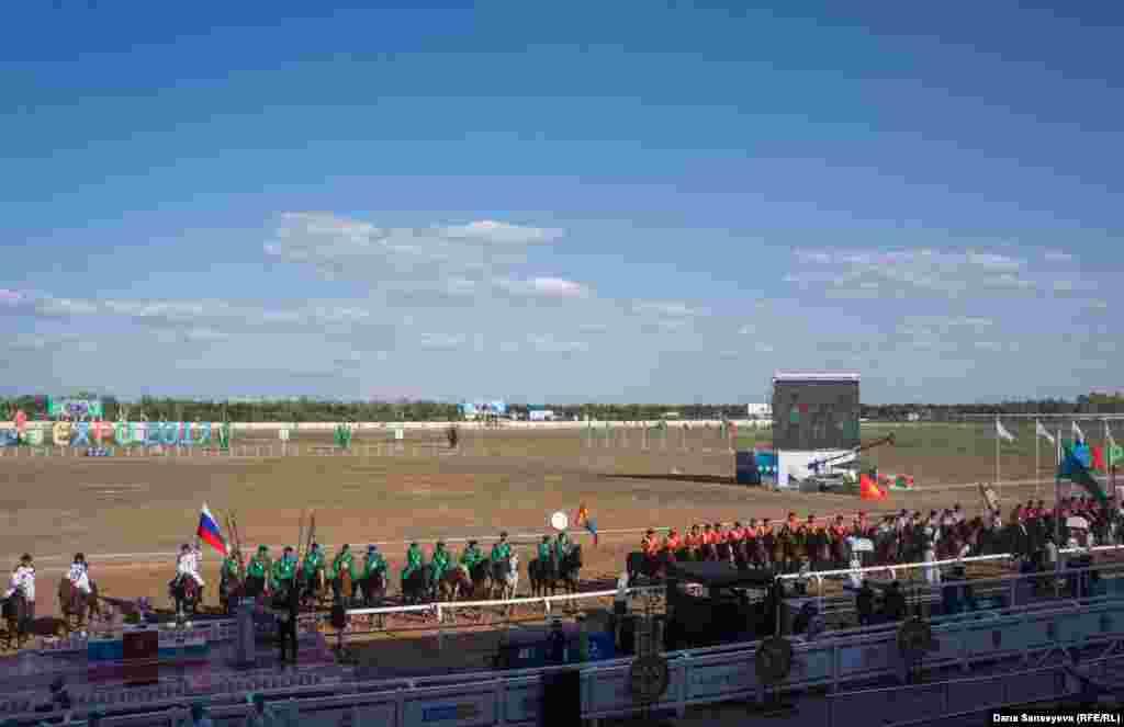 В чемпионате мира участвуют Афганистан, Китай, Венгрия, Кыргызстан, Монголия, Россия, Таджикистан, Турция, США, Узбекистан и Казахстан.