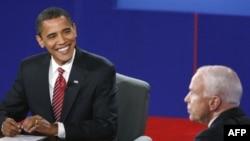 Obama i Mekejn u poslednjoj debati uoči izbora.