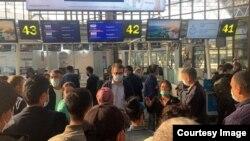 Абхазияда яна 200 яқин ўзбек мигранти қолмоқда.