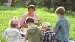Bunici pentru copiii nimănui