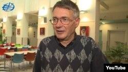 Сімон Веземан
