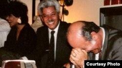جلیل زلاند (وسط) آهنگساز سرشناس افغان
