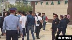 Kazakhstan - Protest, police. Central square in Aktau. Aktau, 28Apr2016