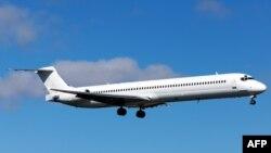 هواپیمای ام دی ۸۳. عکس تزئینی است