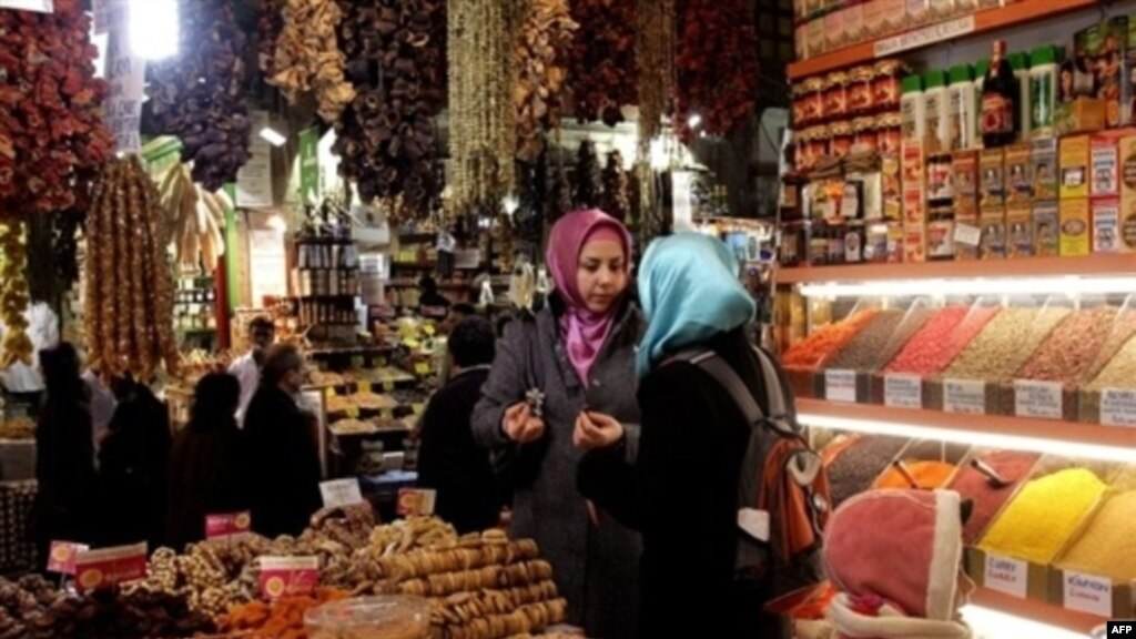 Голые малоденькие турчанки фото 672-114