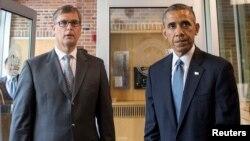 Президент США Барак Обама и заместитель посла Нидерландов в США Питер Моллема, 22 июля 2014 года