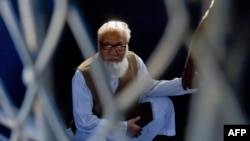 Моті-ур-Рахман Нізамі, архівне фото