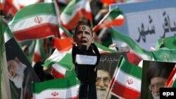 هوادارن حکومت ایران در راهپیمایی ۲۲ بهمن