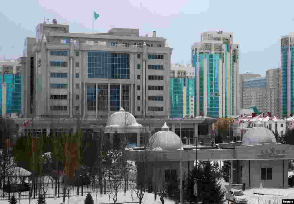 Переговоры по сирийскому урегулированию проходят в отеле Rixos в Астане.