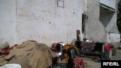 Как это ни странно, многие бездомные живут в гармонии со своим нынешним миром и не пытаются вернуться в мир прежний