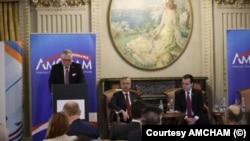 Adrian Zuckerman, ambasadorul SUA în România, la forumul CEO al Camerei de Comerț Româno-Americane