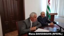 Рауль Хаджимба поручил кабинету министров продолжить исполнение своих полномочий до сформирования нового состава