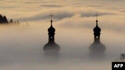 Перспективы расследования случаев педофилии в католической церкви Германии оказались туманными