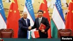 Өзбекстандын президенти Ислам Каримов 19-августта Кытай Эл Республикасынын төрагасы Си Цзинпин менен жолукту.