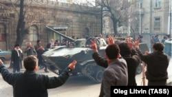Черный январь. 30 лет подавлению протестов в Баку (фотогалерея)