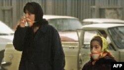 رييس ستاد هوای پاک شهر تهران گفته است که کنترل و کاهش آلودگی هوای تهران نيازمند انقلابی عظيم در تفکر تمامی مسوولان جمهوری اسلامی نسبت به اين مقوله است .