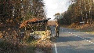 Чернігів, поряд з кордоном, блок-пост самооборони перед Гасичівкою