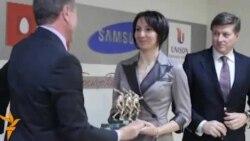 Біатлоністка Олена Підгрушна отримала нагороду найкращої спортсменки за три місяці поспіль