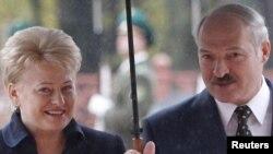 Даля Грыбаўскайце з Аляксандрам Лукашэнкам, Менск, 20 кастрычніка 2010 году.