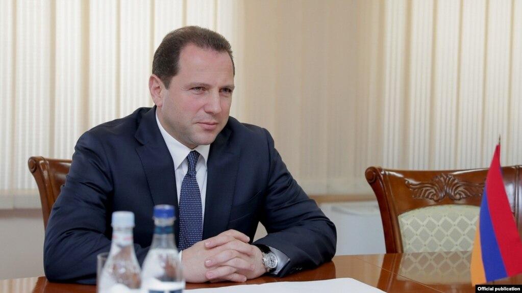 Министр обороны Армении в связи с инцидентом в Панике принял представителей российской стороны