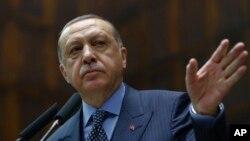 Erdoğan ittihamları rədd edir