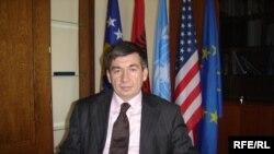 Arsim Bajrami, rukovodilac radne grupe za izradu zakona i aktuelni ministar javnih službi u Vladi Kosova