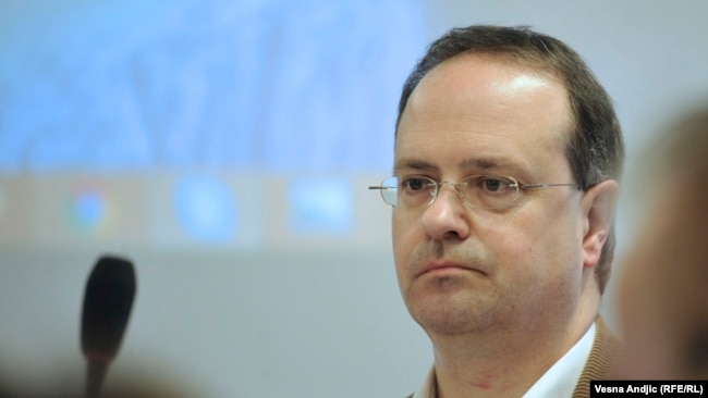 Weber: Vučić je slaba kopija Miloševića