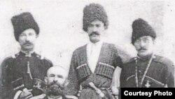 Хъайитмаз ГIалиханов (бакьулъ) Харбиналда. 1905 с.
