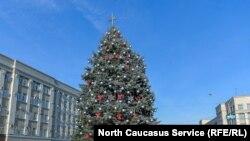 Главная новогодняя елка во Владикавказе. Архивное фото