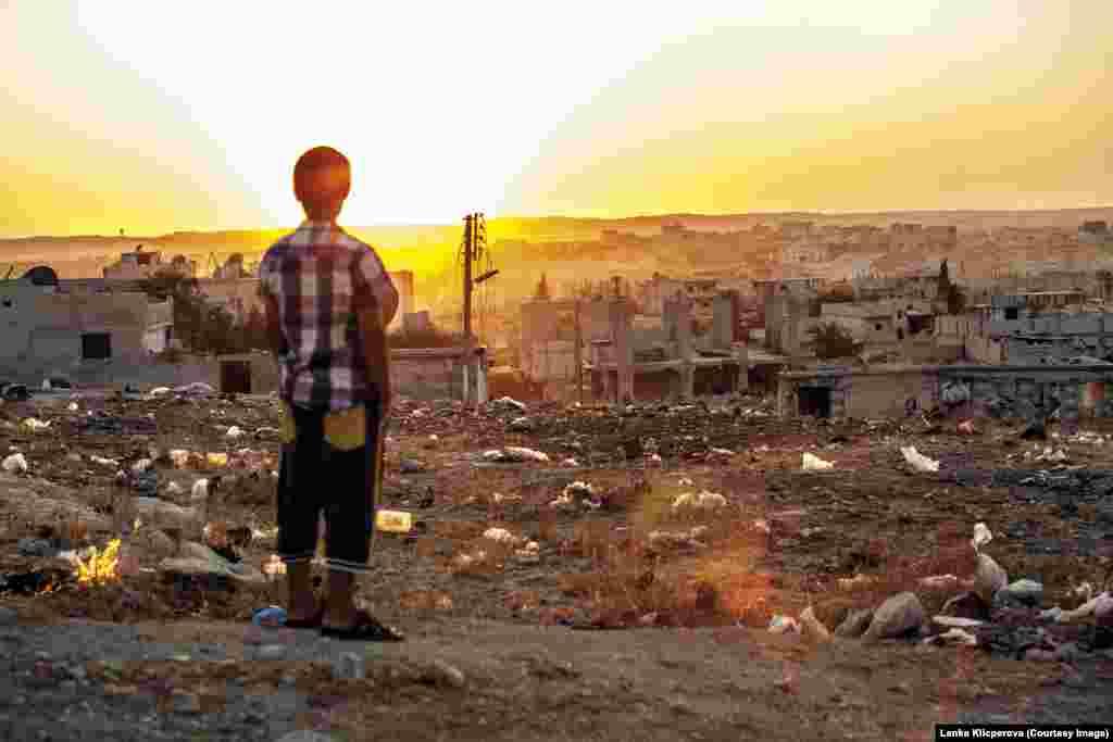 Захід сонця в сирійському Кобані